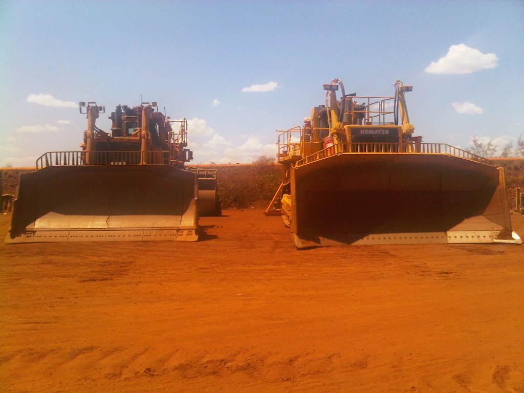 bulldozer /ruspe apripista trattori komatsu 1349980428_img00086-20121004-1150
