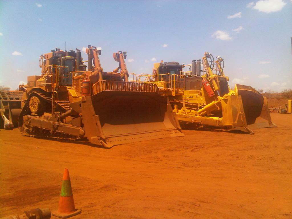 bulldozer /ruspe apripista trattori komatsu 1349980428_img00088-20121004-1150