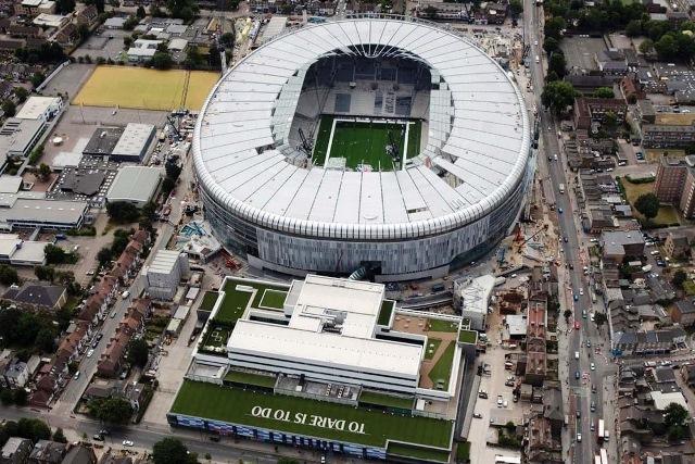 Contractors miss Spurs stadium deadline