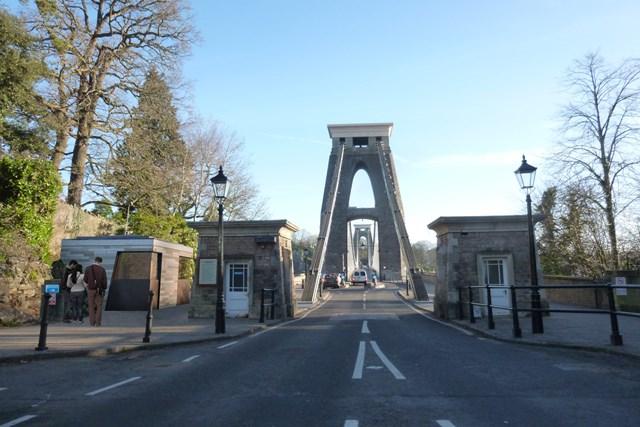 Beard replaces Clifton Bridge toll houses