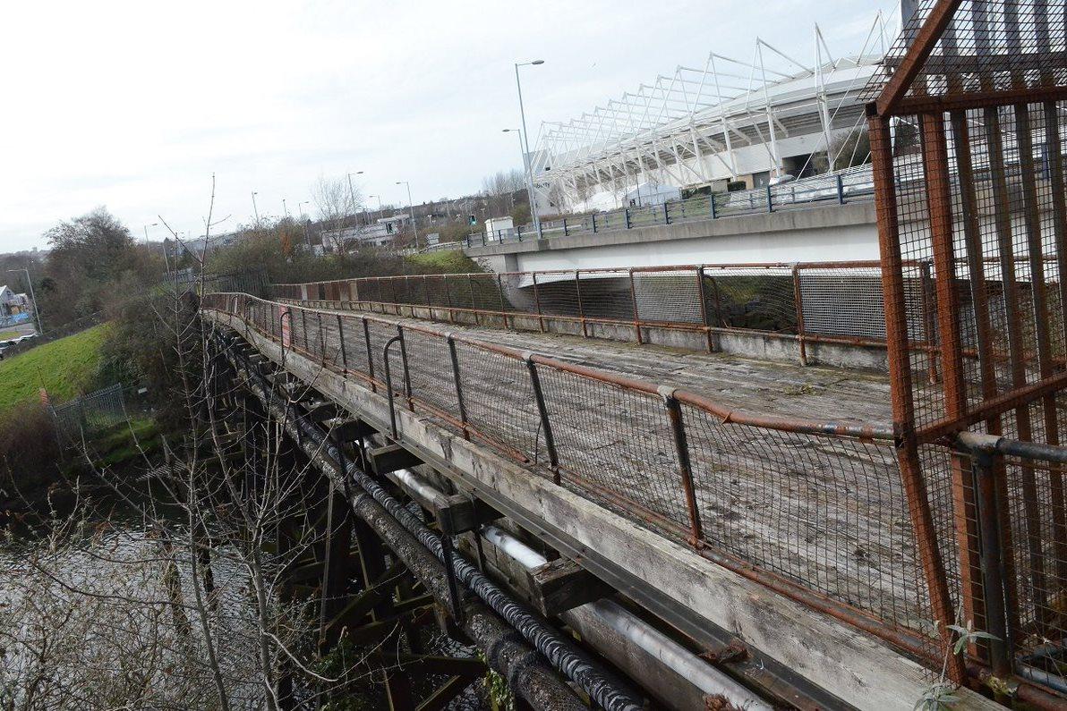 Swansea bridge removed for refurb