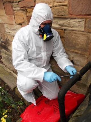 An asbestos survey in action