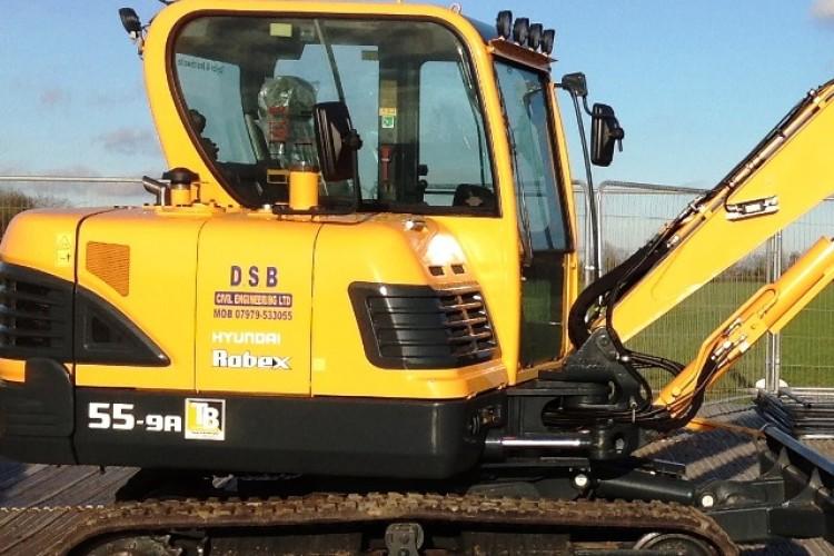 DSB takes first new Hyundai mini excavator